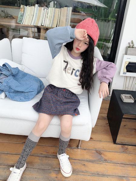 说与童装品牌2019秋季短袖T恤+高腰不规则格子半身裙两件套潮