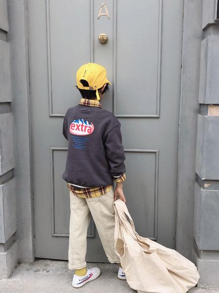 说与童装品牌2019秋季圆领套头无帽宽松中长款卫衣