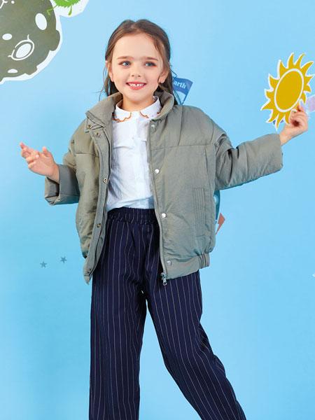 欧布豆童装品牌2019秋冬街拍范丝带装饰连帽宽松短外套