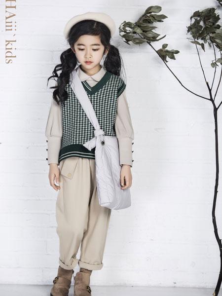 DHAiii.kids童装品牌2019秋冬时尚潮流V领卫衣
