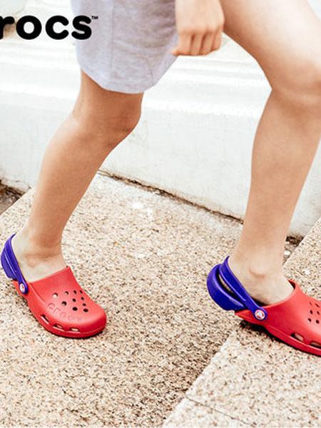 卡骆驰CROCS童鞋品牌2019春夏豆豆鞋
