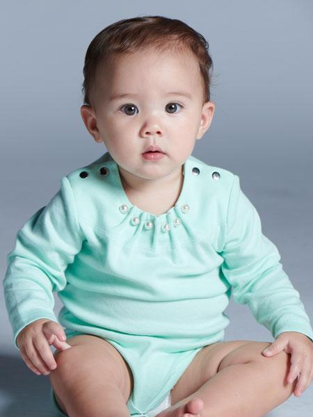 baby baby cool童装品牌2019秋冬花瓣翻领小星星刺绣个性爬服婴儿白色长袖打底内搭