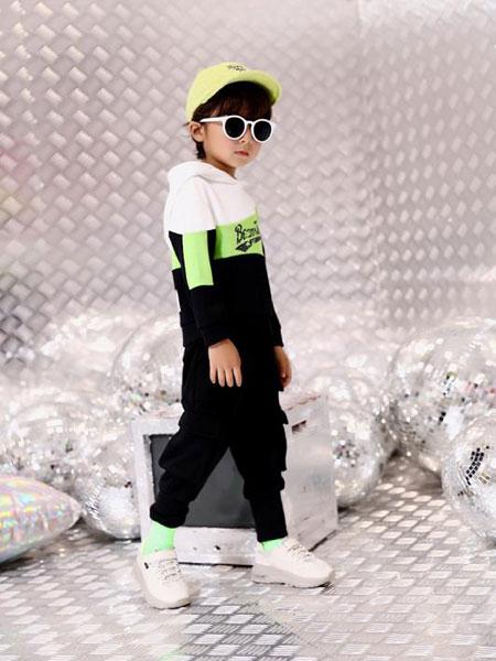 叮当猫潮童童装品牌2019秋冬新款中大童男孩儿童运动两件套