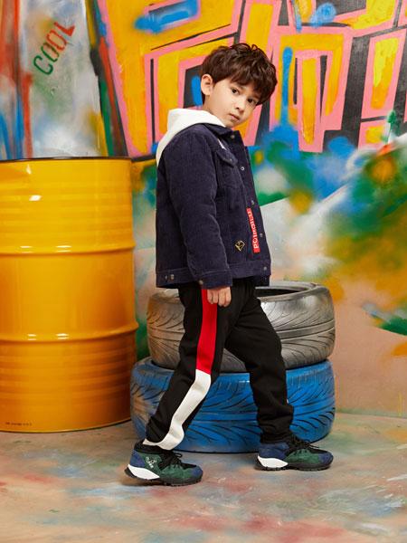 泡泡噜童装 法国服装追求浪漫、经典与简约的设计