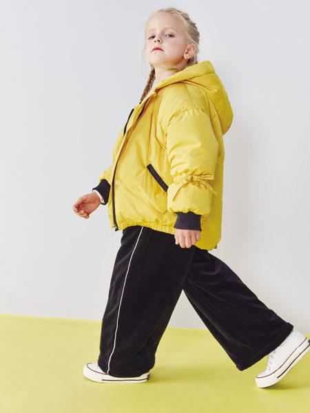小鲨诺拉童装品牌2019秋冬宽松面包服短款棉服