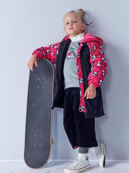 小鲨诺拉童装品牌2019秋冬加绒三件套加厚童装