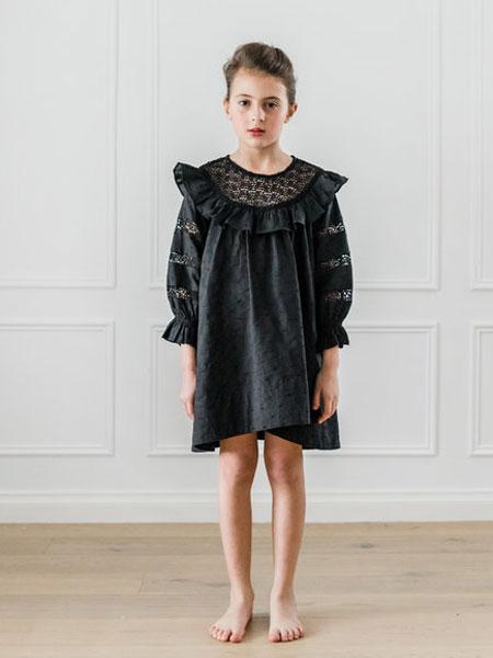 Petite Amalie童装品牌2019春夏黑色气质连衣裙