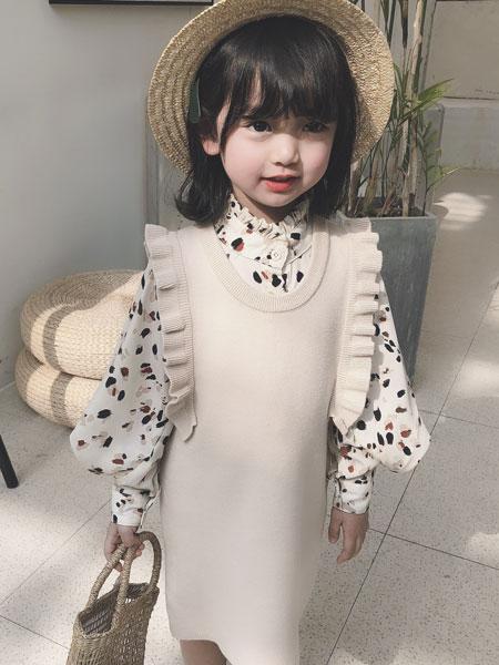 萌恩小酱童装品牌2019秋冬白色裙印花衬衫