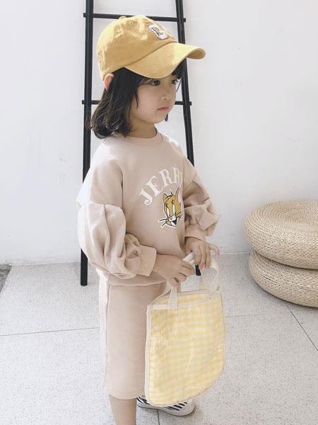 萌恩小酱童装品牌2019秋冬猫印花卫衣