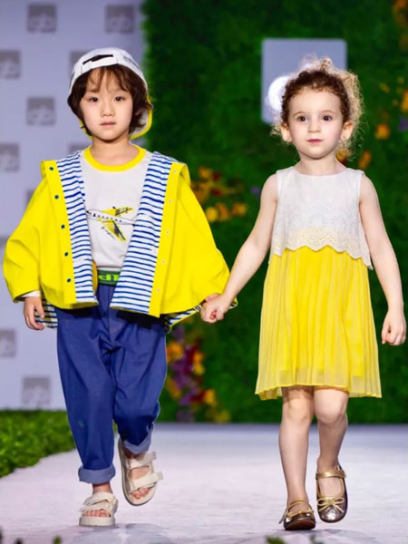 GBKIDS童装品牌2020春夏时尚潮流套装
