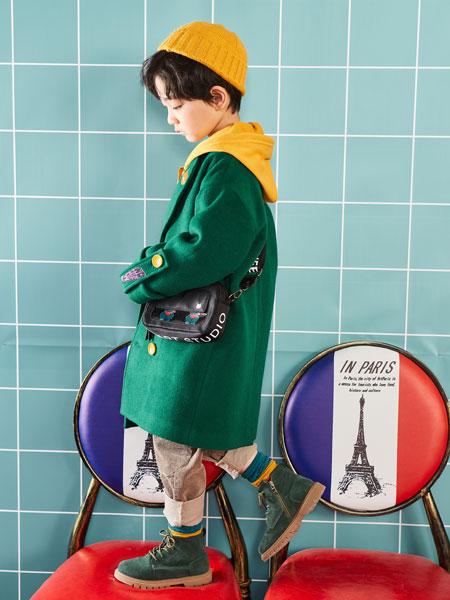 优童库UTK童装品牌2019秋冬绿色印花外套