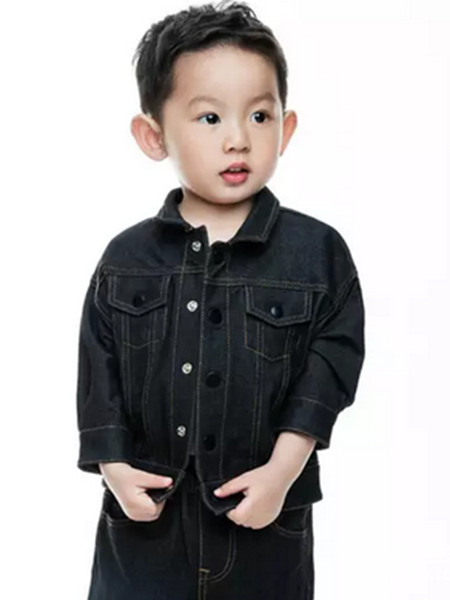 JUZI童装品牌2019秋冬你在外套