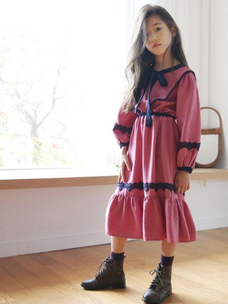 The Jany童装品牌2019秋冬粉色裙子