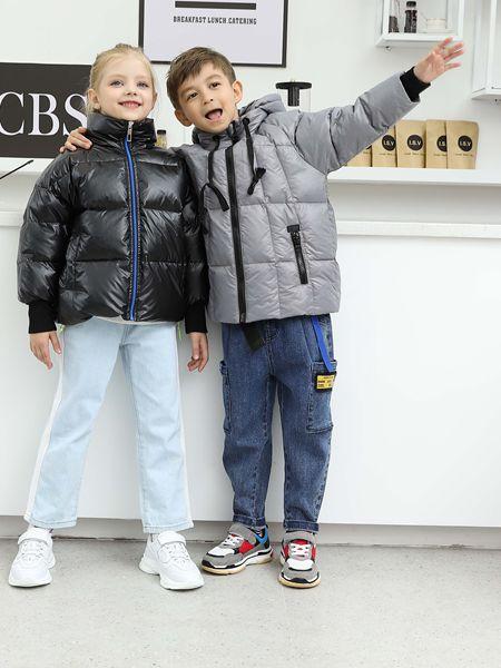 芭乐兔童装品牌2019秋冬纯色羽绒服