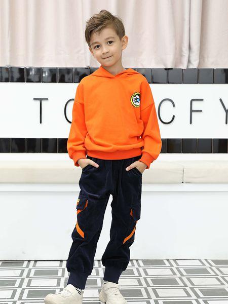 芭乐兔童装品牌2019秋冬橙色卫衣