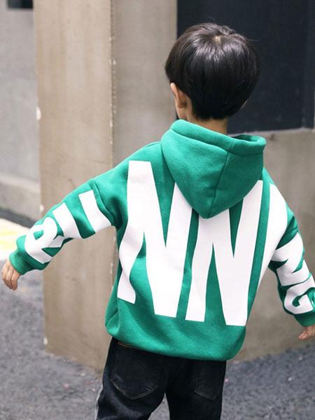 MIAKA.TATU/咪阿卡.塔图童装品牌2019秋冬绿色字母印花卫衣