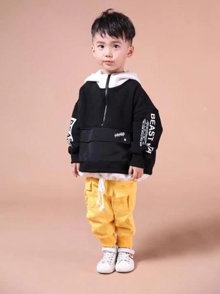 米作童装品牌2019秋冬黑色印花外套