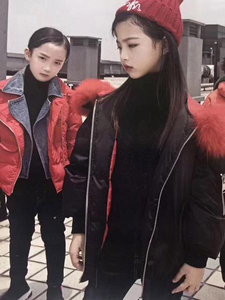魔方童装品牌2019秋冬轻薄加厚羽绒服