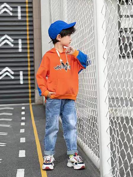 宠来宠趣童装品牌2019秋冬加绒保暖卫衣