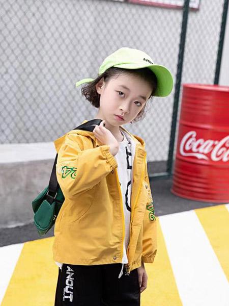 宠来宠趣童装品牌,款式多,更新快,质量好,价格低