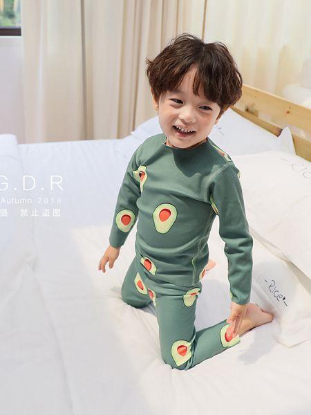 酷小孩童装品牌2019秋冬纯棉加绒秋衣套装