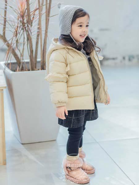 维尼叮当童装品牌2019秋冬连帽短款羽绒服女韩版茧形加厚外套潮