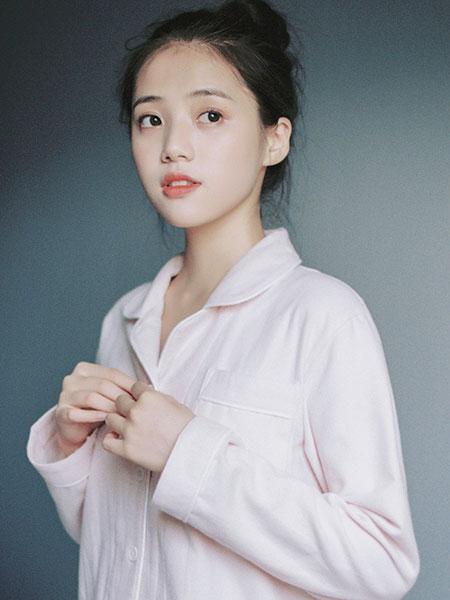 八月格桑童装品牌2019秋冬纯棉棉麻睡衣套装