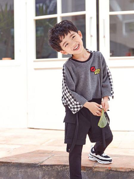 DIZAI童装品牌2019?#21512;?#28784;色纯棉打底衫上衣洋气潮
