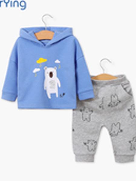 """依尔婴童装品牌坚持""""高起点,高档次,低价位""""的经营发展战略,"""