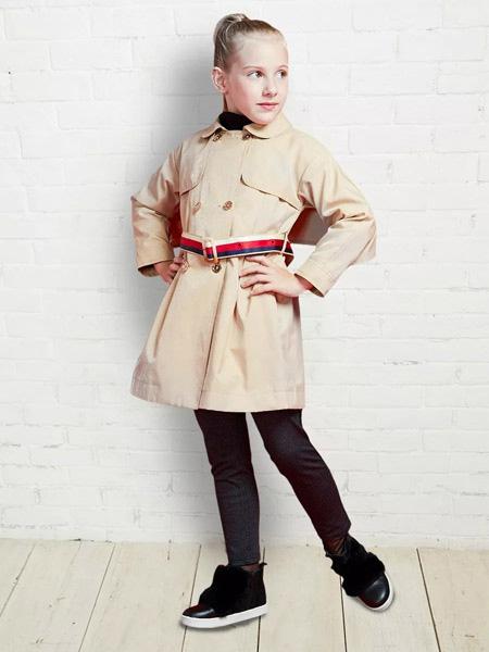 法纳贝儿童装品牌2019秋冬风衣