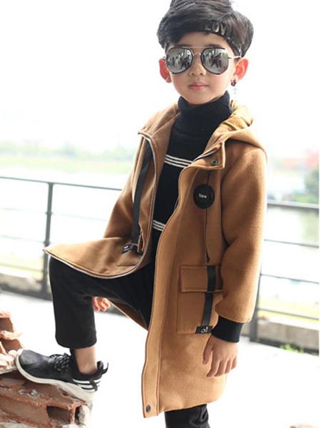 甜蜜小屋童装个性秋冬穿搭 轻松穿出时尚小潮童
