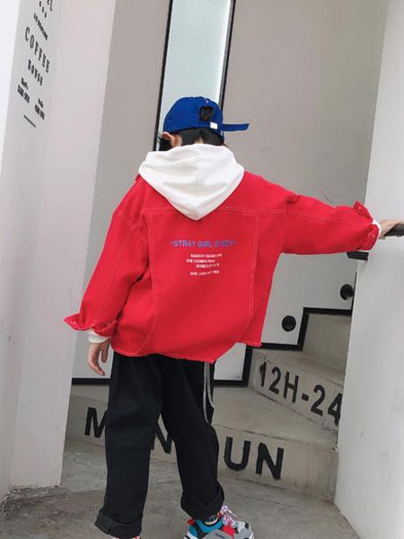说与童装品牌2019秋冬学院风宽松外套