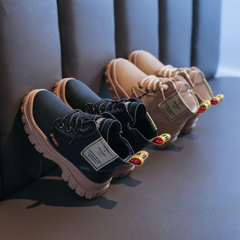 加盟童�焱�鞋品牌怎么�樱啃枰�保�C金��