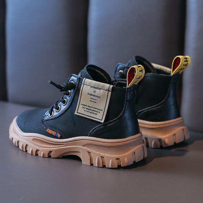童�焱�鞋品牌��快o�^,勇于挑�穑�