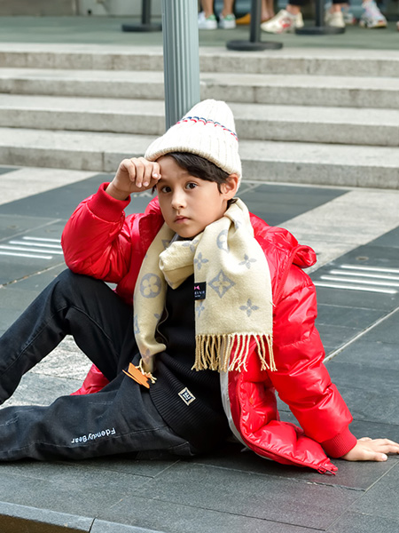 �D零�XTUBOY童�b品牌2019秋冬中�L款冬季加厚童�b�B帽上衣
