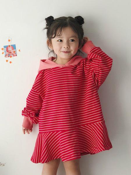 哥哥弟弟童装品牌2019秋冬打底裙