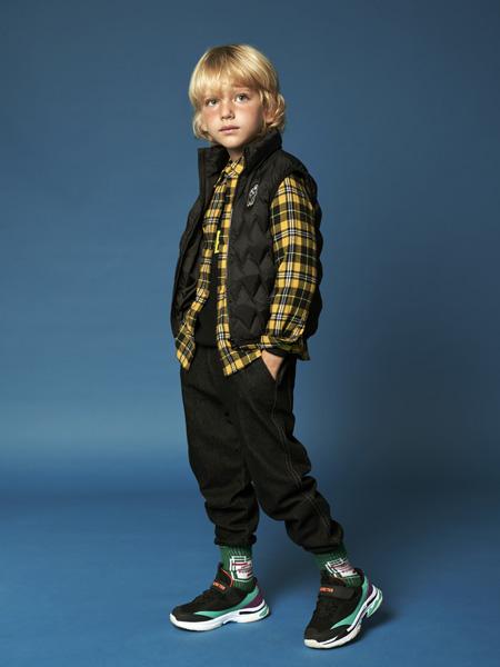 小才子童装品牌孩子天生就拥有善良和纯真的内心