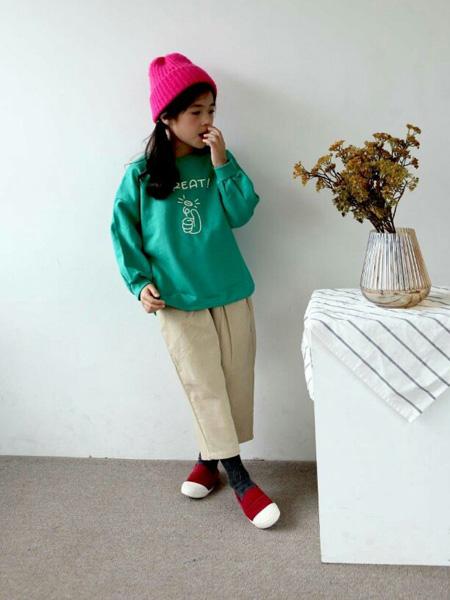 LITTLE CLOSET童装品牌2019秋冬休闲新款卫衣