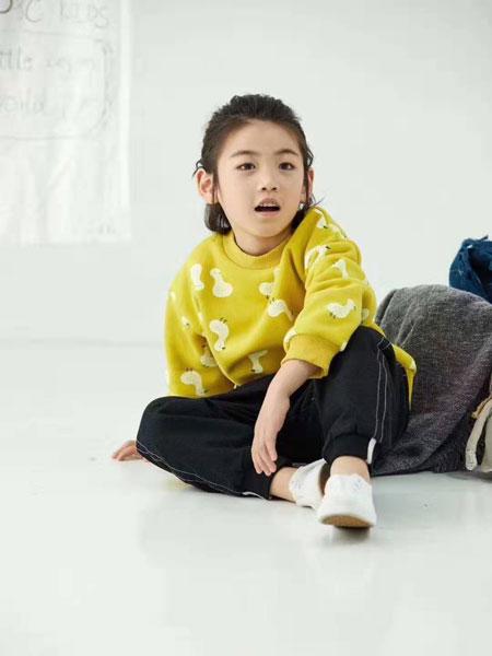 DC童装童装品牌2019秋冬印图案卫衣