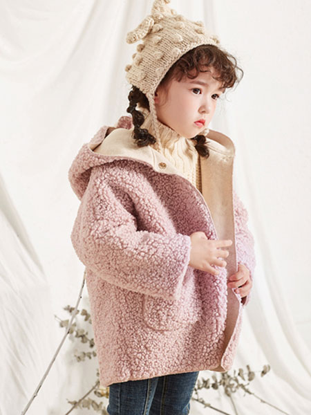 DIZAI童装品牌2019秋冬羊毛带帽外套