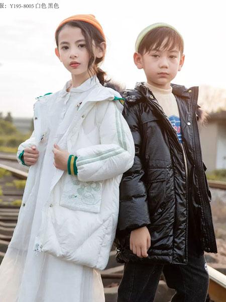羽成扉童装品牌2019秋冬新款纯色长款羽绒服