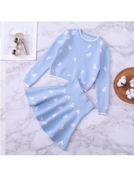 欧莱达童装品牌2019秋冬新款女童针织套装裙韩版浅蓝色百褶套装裙两件小鸟连衣裙
