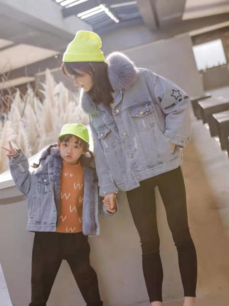 大头儿子和小头爸爸童装品牌2019秋冬新款大毛领牛仔外套亲子装