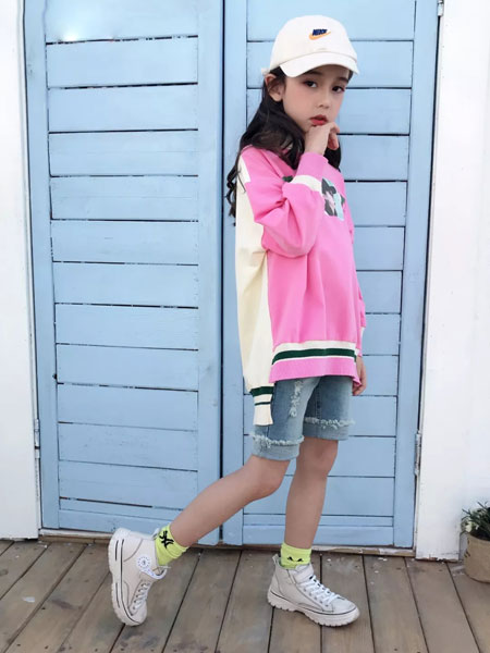 思贝秀 SIBEIXIU童装品牌2020春夏新款图案拼接色卫衣
