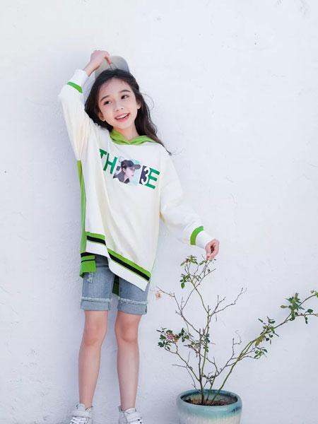 思贝秀 SIBEIXIU龙8品牌2020春夏新款图案拼接色卫衣