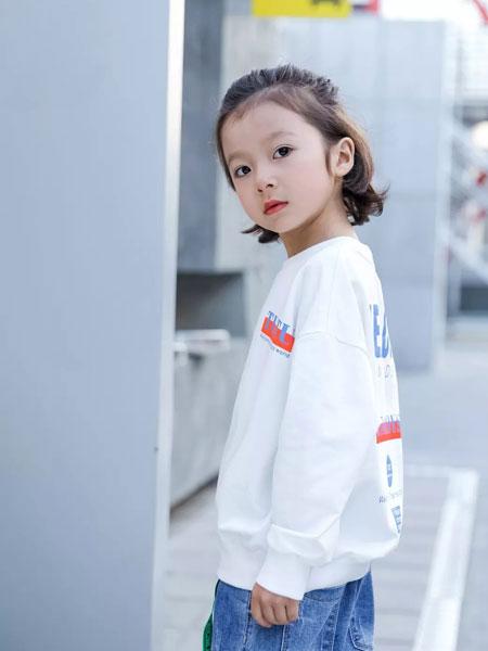 图零钱TUBOY童装品牌2019秋冬新款印字卫衣