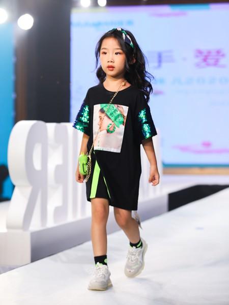 Maomier猫咪儿童装品牌2020春夏新款纯色图案印字卫衣裙