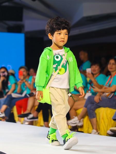 Maomier猫咪儿童装品牌2020春夏新款纯色亮面拉链外套