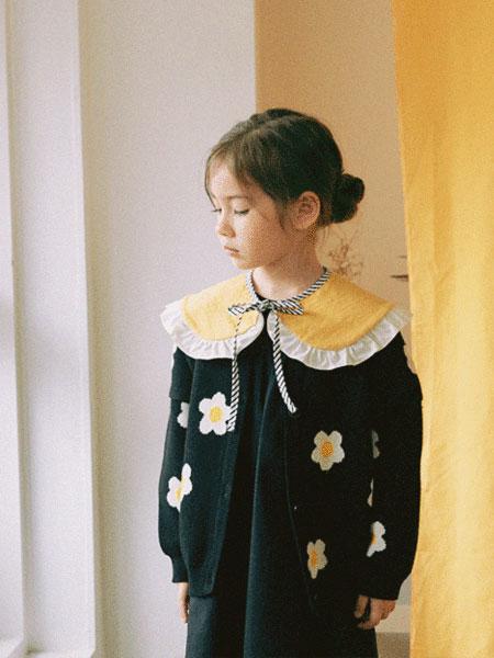 Roanjane童装品牌2019秋冬新款雏菊开衫