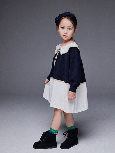 Roanjane童装品牌2019秋冬军刀针织连衣裙(海军